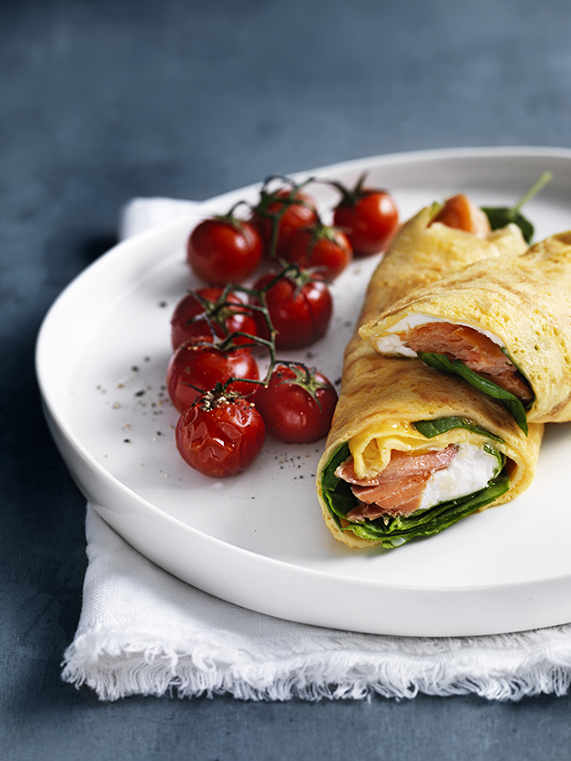 OMELETTE CHALLENGE EGG ROLLS WITH SPINACH AND HOT-SMOKED TROUT