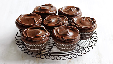 WEEKEND BAKER FLOURLESS CHOCOLATE CUPCAKES WITH GANACHE