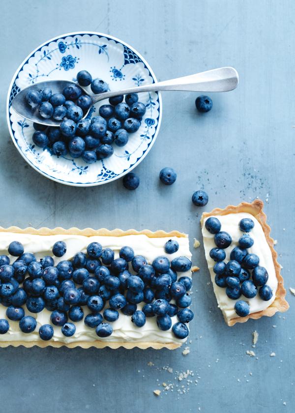 Blueberries_lemon_mascarpone_tart.jpg