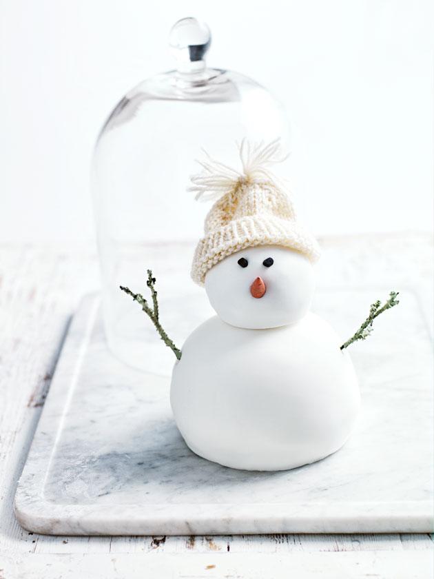 Christmas pudding snowman donna hay
