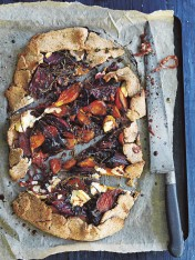beetroot and goat's cheese spelt tart