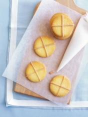 cinnamon-cross cookies