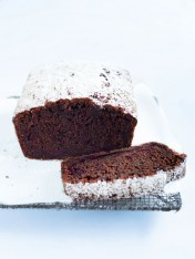 chocolate and beetroot loaf cake