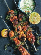 portuguese-style chicken skewers with coriander yoghurt sauce