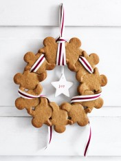 gingerbread men wreaths