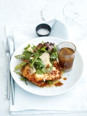 haloumi salad with caramelised onion dressing