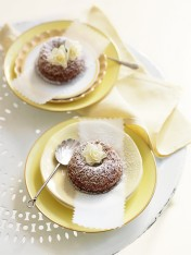 honey and gingerbread bundt cakes