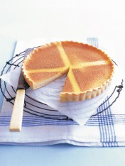 hot cross custard tart