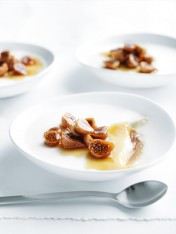 milk jellies with caramelised baby figs