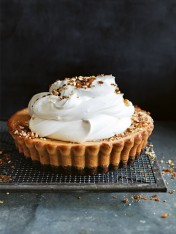 peanut butter cheesecake tart with peanut praline