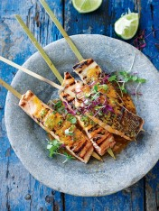salmon skewers with crab and chilli lime butter