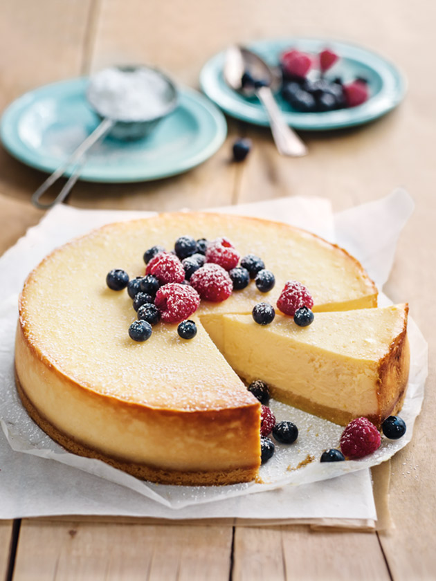 Classic Baked Cheesecake | Donna Hay