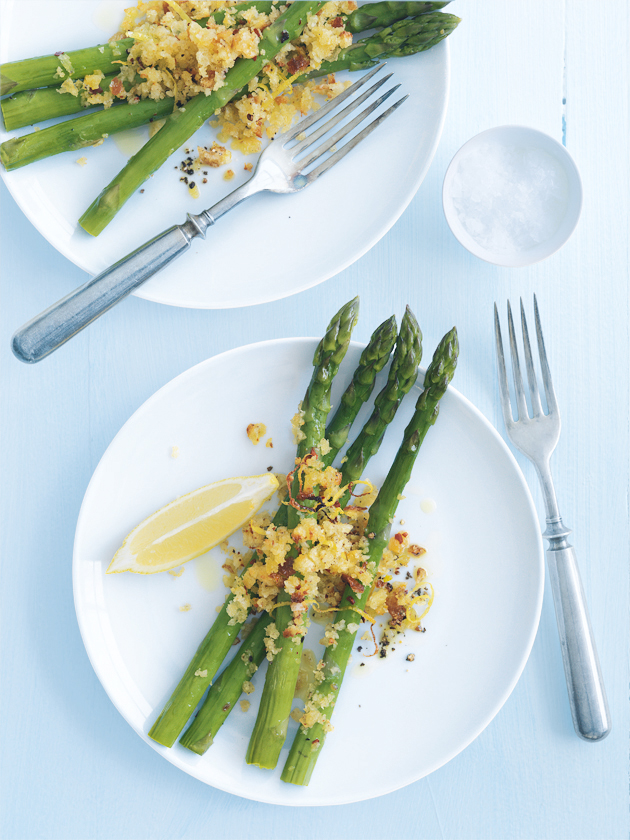 grilled asparagus with chilli and lemon breadcrumbs
