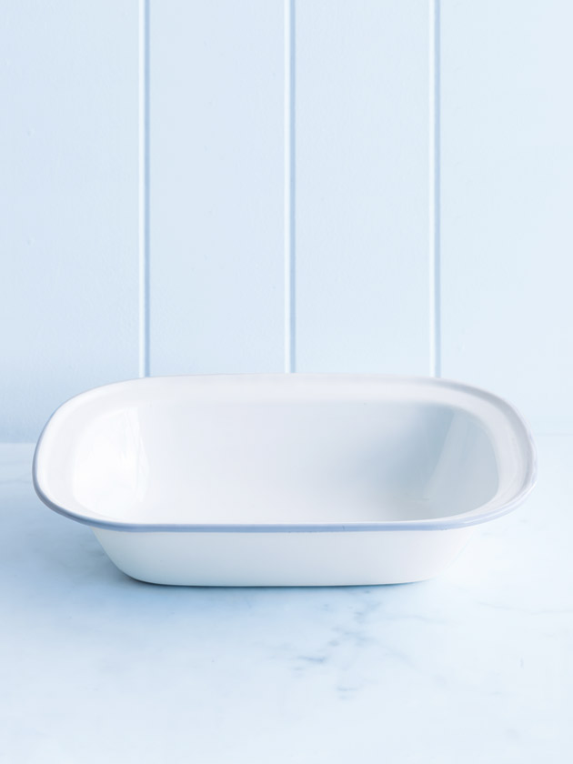 enamel rectangular pie dish - large