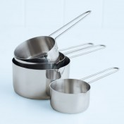 metal measuring cup set with wire handle
