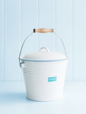 enamel bucket with lid