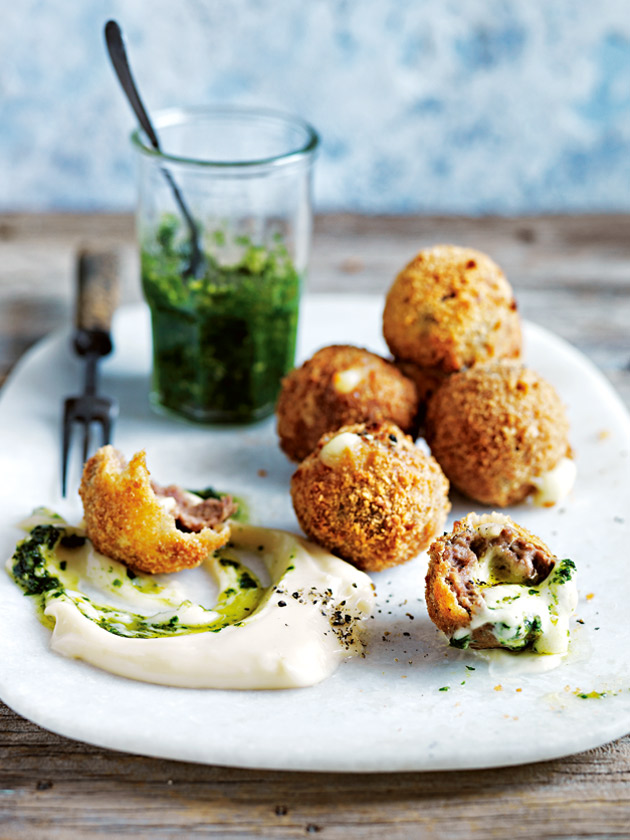 ARANCINI MEATBALLS TURN A SIMPLE DINNER INTO A SOPHISTICATED DISH, PERFECT FOR SHARING